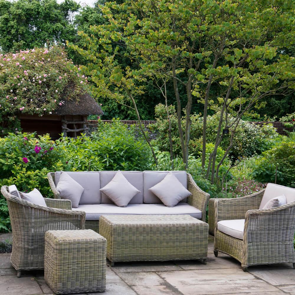 Garden design gloucestershire landscape gardeners for Garden design gloucestershire